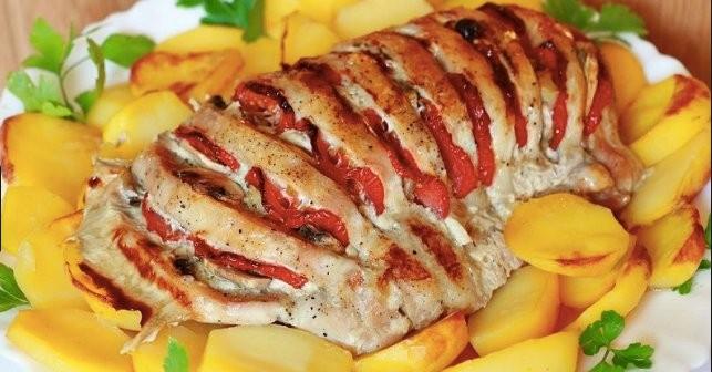 Kuřecí prsa zapečená se zeleninou a brambory Recept