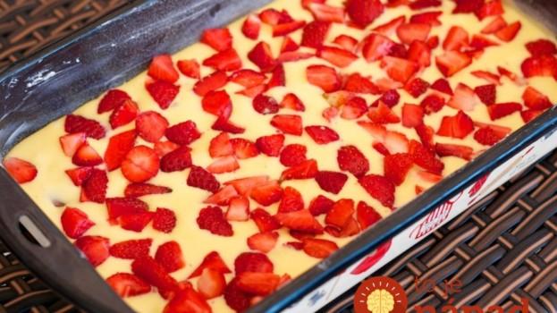 Vynikající koláč z jahod, který připravíte za neuvěřitelných 7 minut