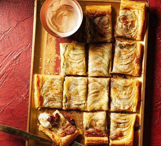 Mincemeat, marcipán a jablečný tarte fine