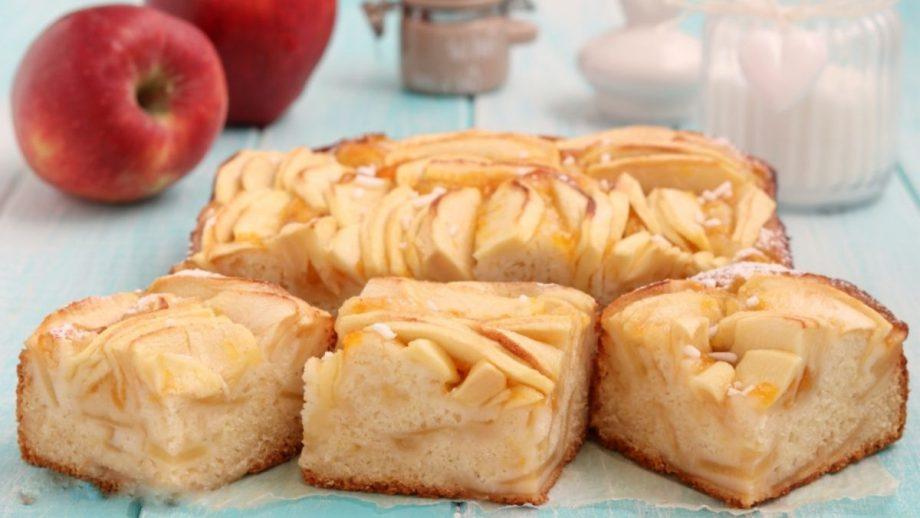 Měkký jablečný koláč, rozplývá se v ústech!