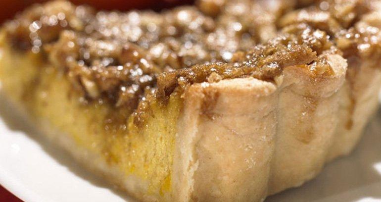Dýňový koláč s křupavou ořechovou polevou