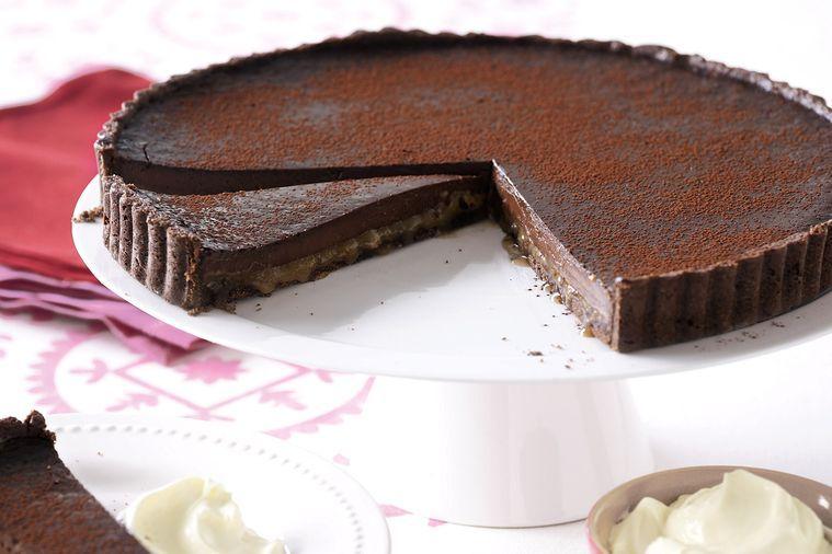 Koláč se slaným karamelem a čokoládou